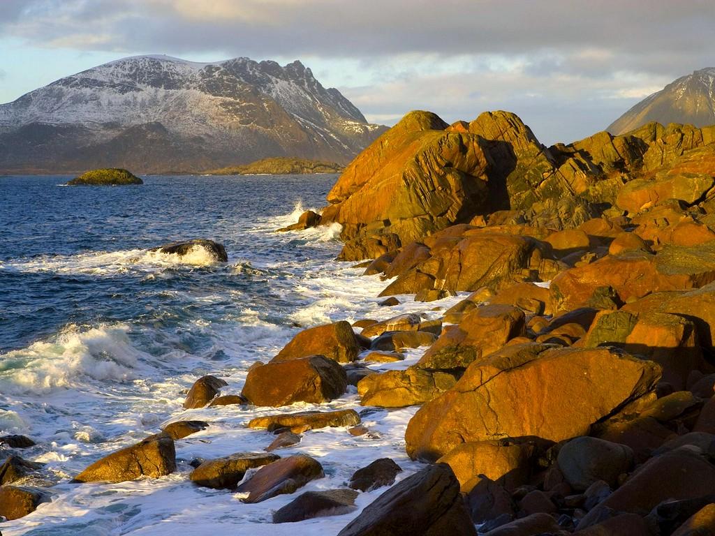 Путешествуем по миру. Норвегия, Лофотенские острова – удивительный край и пристанище мигрирующей трески