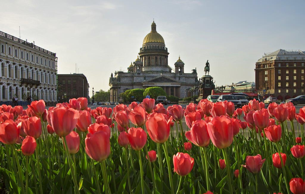 Фото Исаакиевского собора в Санкт-Петербурге