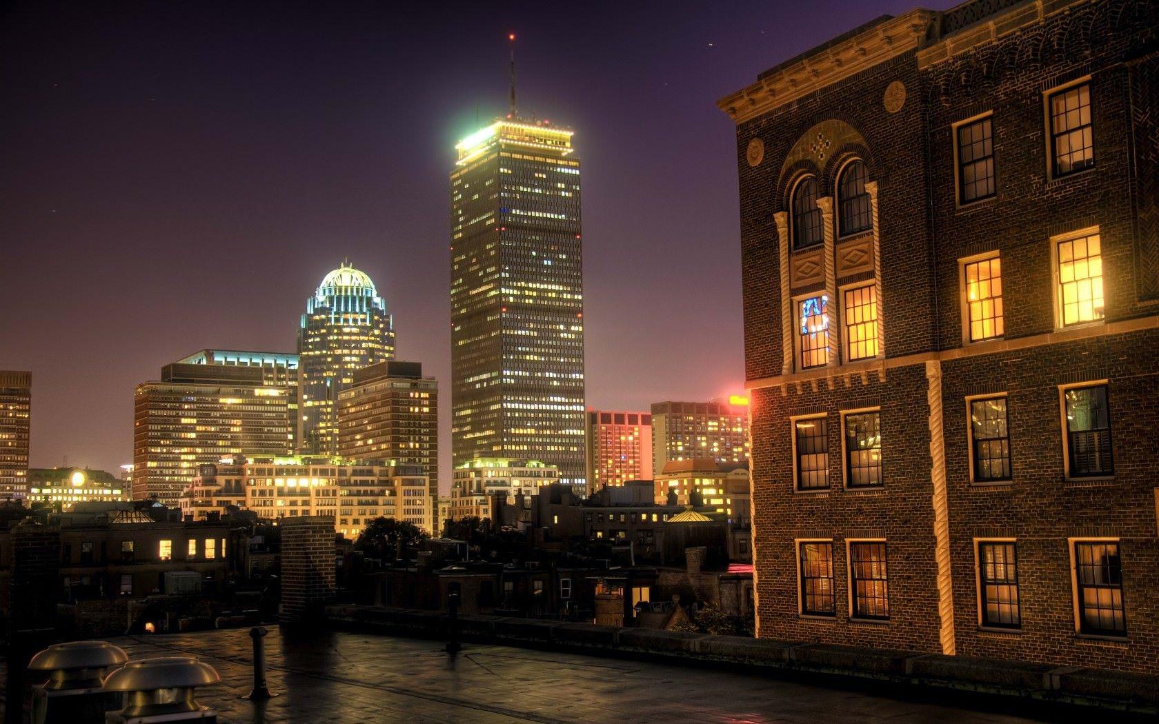 Бостон – город садов и охотников на ведьм