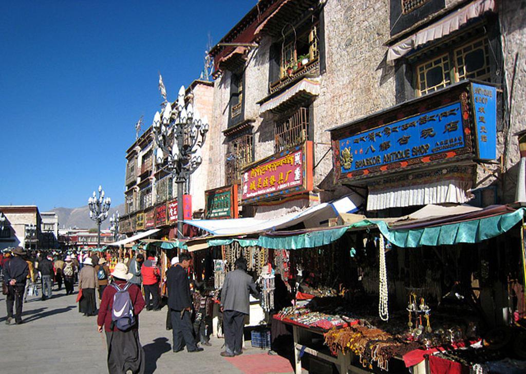 Жизнь в Тибете-что можно купить