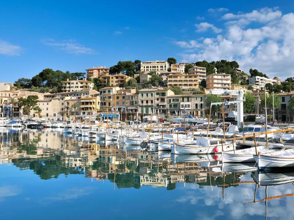 Пальма-Де-Майорка и средиземное море