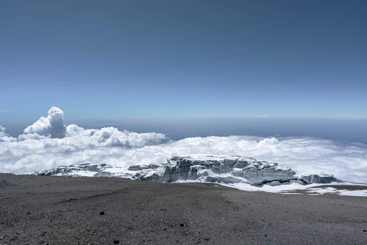 Самая высокая гора Африки, Килиманджаро