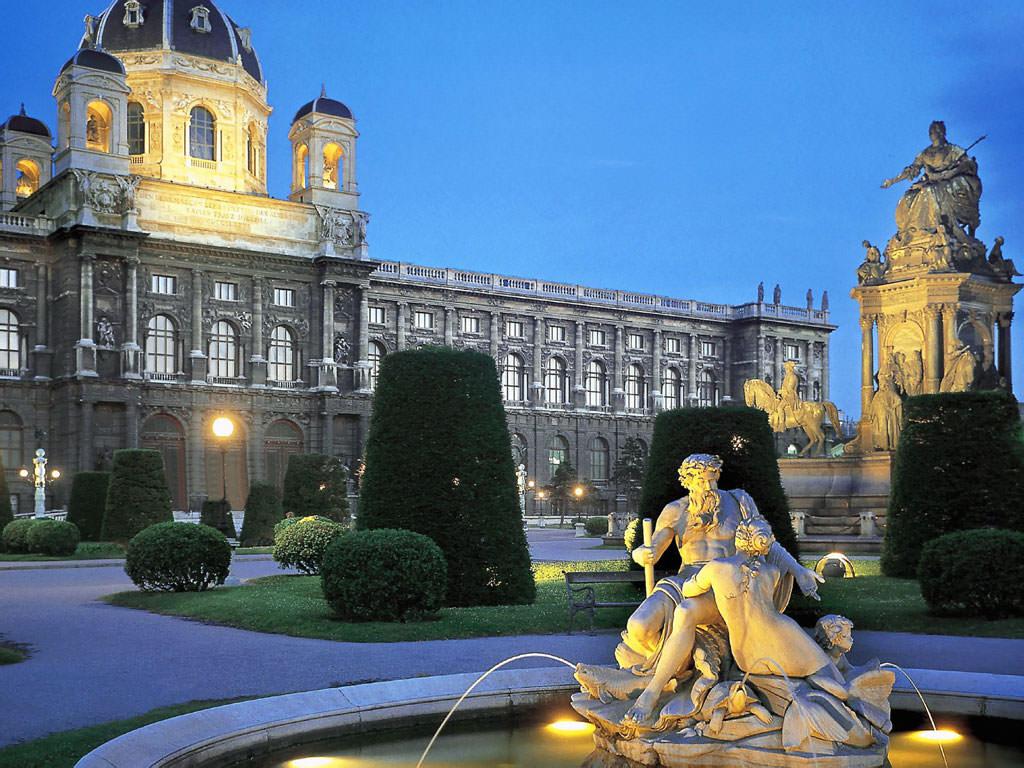 Вена – «классическая музыка, застывшая в камне»